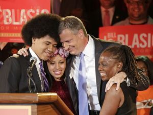 1378876891000-AP-APTOPIX-NYC-Mayors-Race-DeBlasio